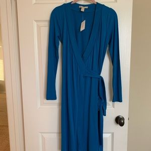 Brand new teal wrap dress from Banana Republic. Xs